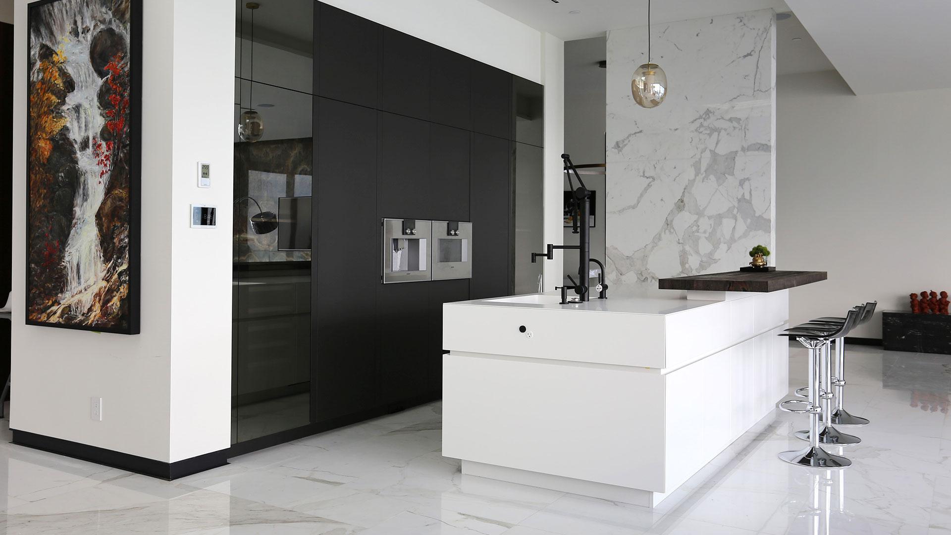 Bespoke TM Italia Kitchen with Island