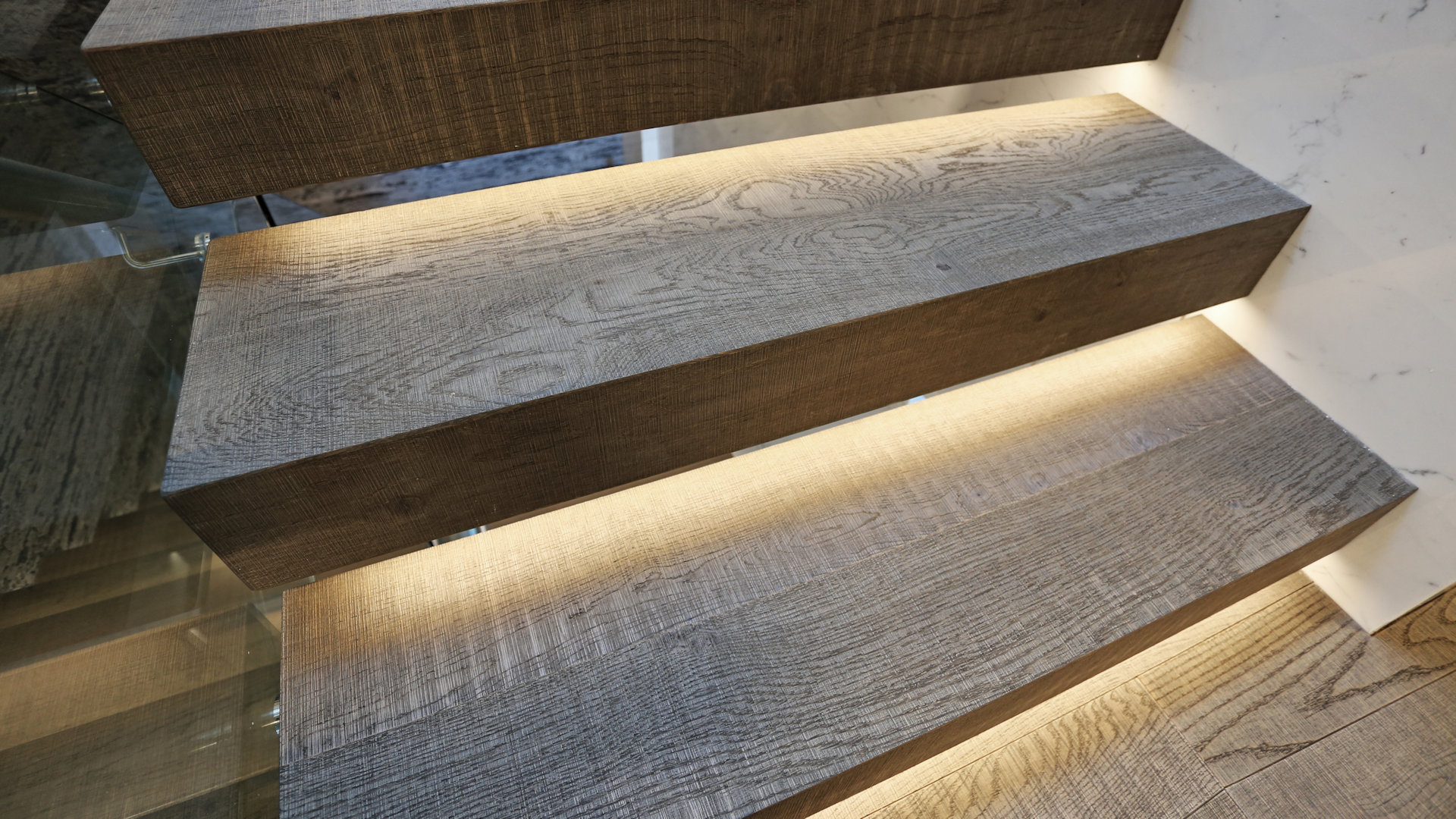 Isleview Rd, West Vancouver - Listone Giordano Floor and Staircase